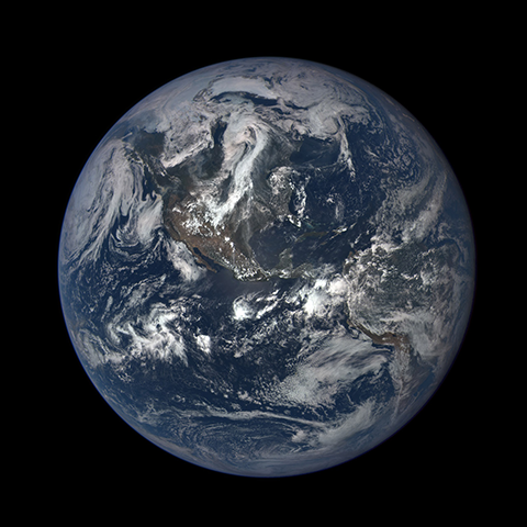 Image https://epic.gsfc.nasa.gov/epic-galleries/2015/first_light/thumbs/187_2015187190111-sm.png