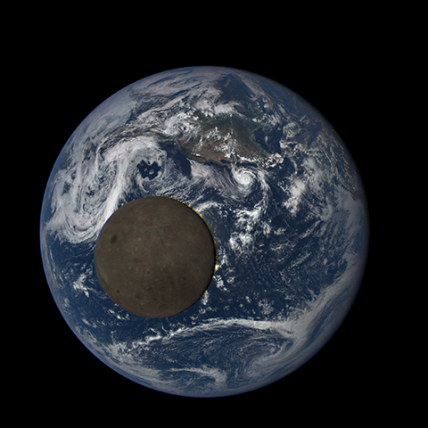Image https://epic.gsfc.nasa.gov/epic-galleries/2015/lunar_transit/thumbs/197_2015197215104-sm.png