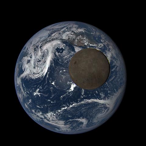 Image http://epic.gsfc.nasa.gov/epic-galleries/2015/lunar_transit/thumbs/197_2015197225104-sm.png