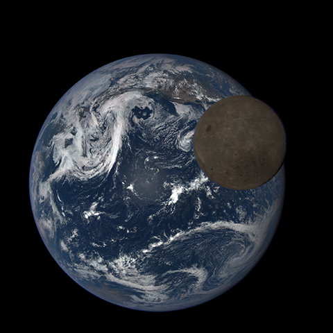 Image https://epic.gsfc.nasa.gov/epic-galleries/2015/lunar_transit/thumbs/197_2015197232104-sm.png