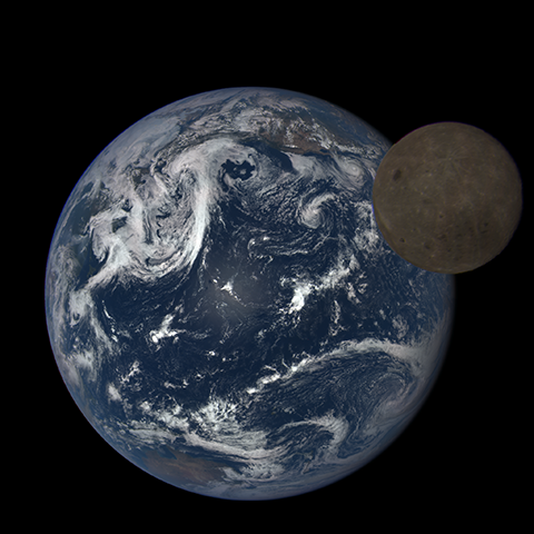Image https://epic.gsfc.nasa.gov/epic-galleries/2015/lunar_transit/thumbs/197_2015197235104-sm.png