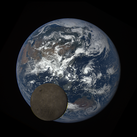 Image http://epic.gsfc.nasa.gov/epic-galleries/2016/lunar_transit/thumbs/epic_1b_20160705050716_01-sm.png
