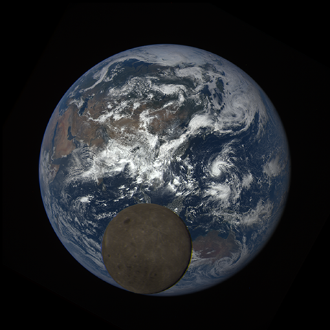 Image http://epic.gsfc.nasa.gov/epic-galleries/2016/lunar_transit/thumbs/epic_1b_20160705052503_01-sm.png