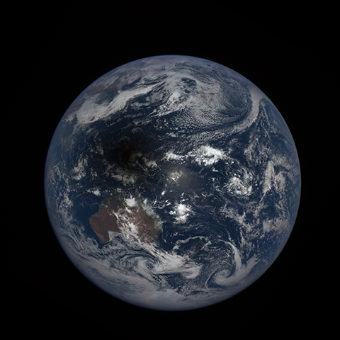 Image http://epic.gsfc.nasa.gov/epic-galleries/2016/solar_eclipse/thumbs/169_2016069012104-sm.png