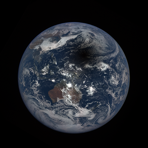 Image http://epic.gsfc.nasa.gov/epic-galleries/2016/solar_eclipse/thumbs/169_2016069022104-sm.png