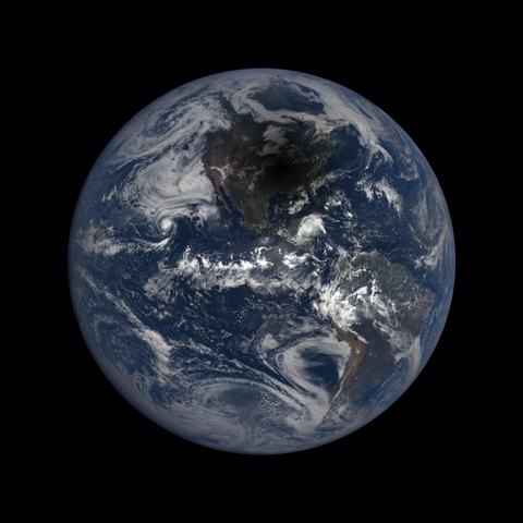 Image http://epic.gsfc.nasa.gov/epic-galleries/2017/total_solar_eclipse/thumbs/epic_1b_20170821181450.png