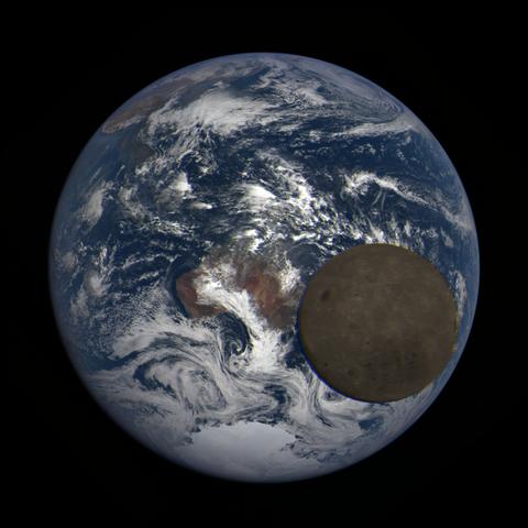 Image https://epic.gsfc.nasa.gov/epic-galleries/2021/lunar_transit/thumbs/epic_1b_20210211022709_03.png